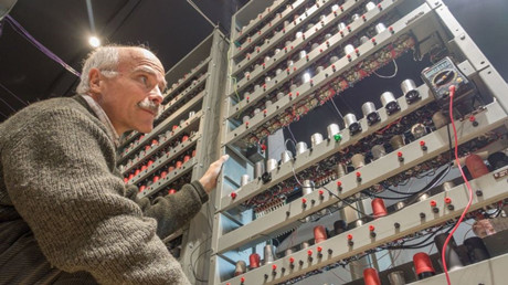 Volunteers Aid Pioneering Edsac Computer Rebuild